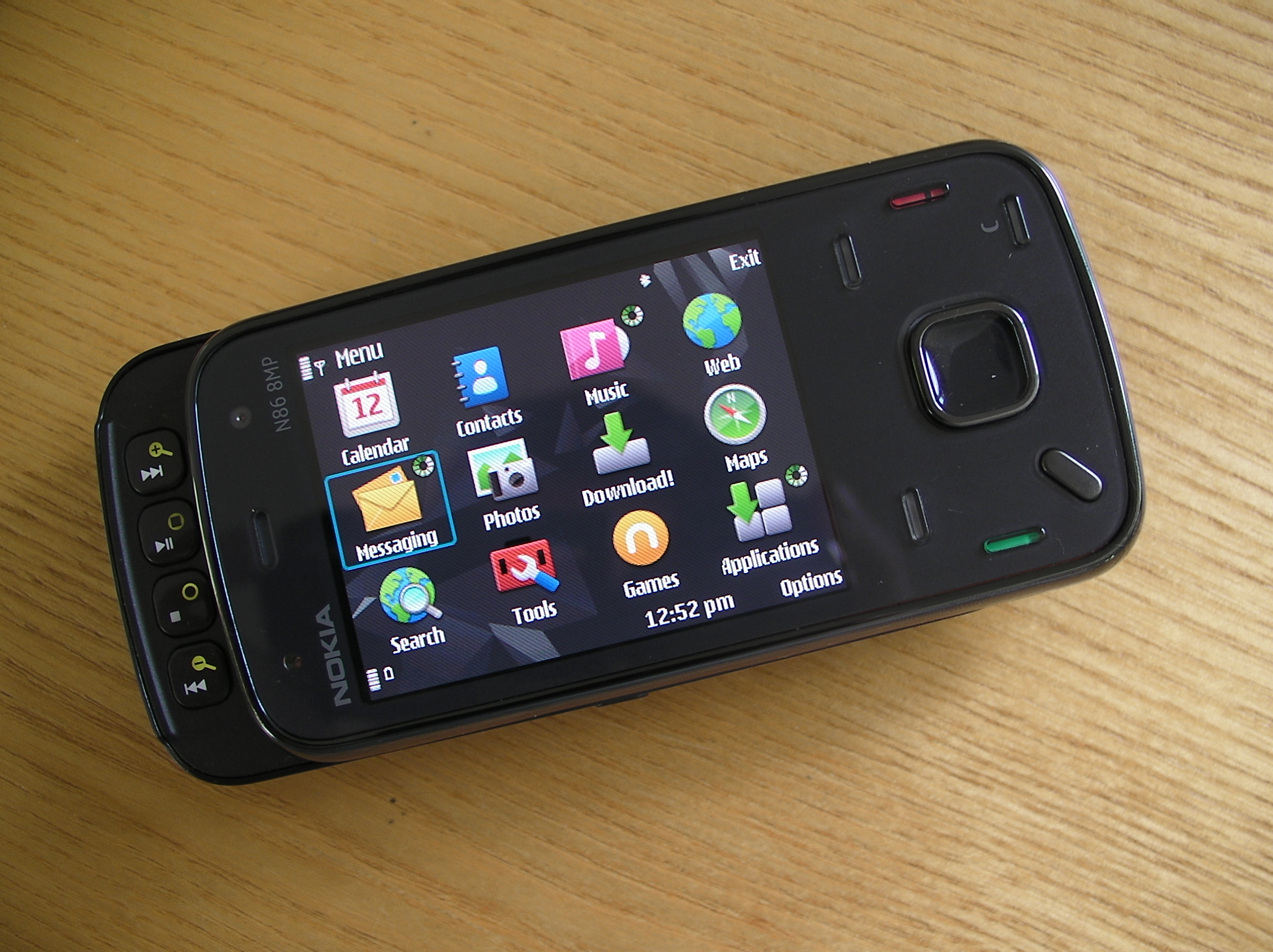 Nokia N86 8MP Review - Part 1 - Overview review